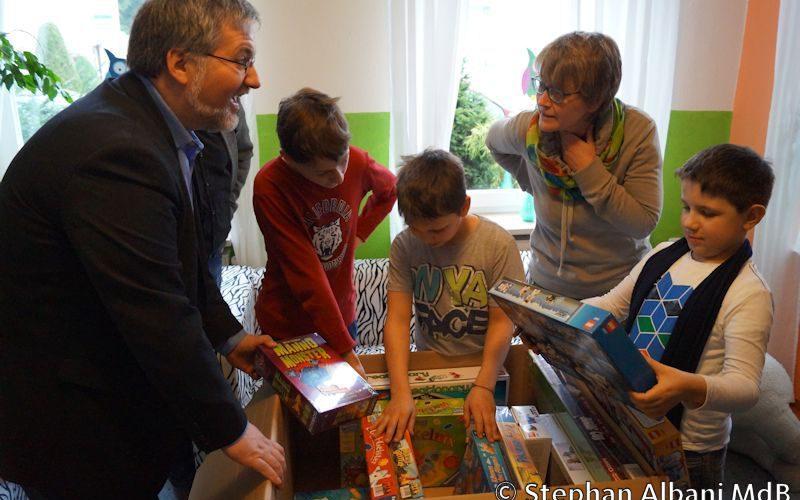 150217 Spielzeug Blauer Elefant Westerstede 3