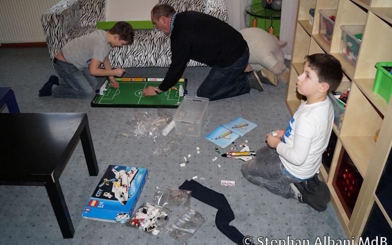 150217 Spielzeug Blauer Elefant Westerstede 5