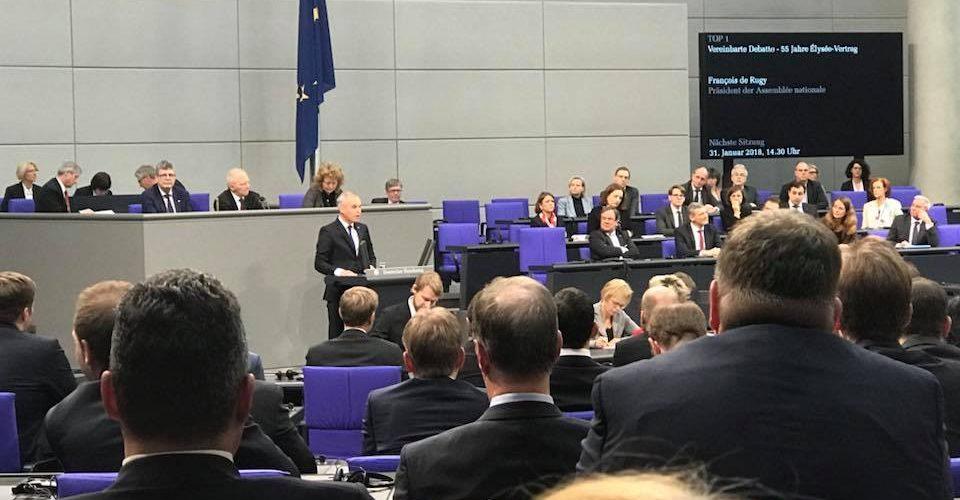 Blick in den Plenarsaal bei der Feststunde zum 55. Jahrestag des Élyseé-Vertrages.