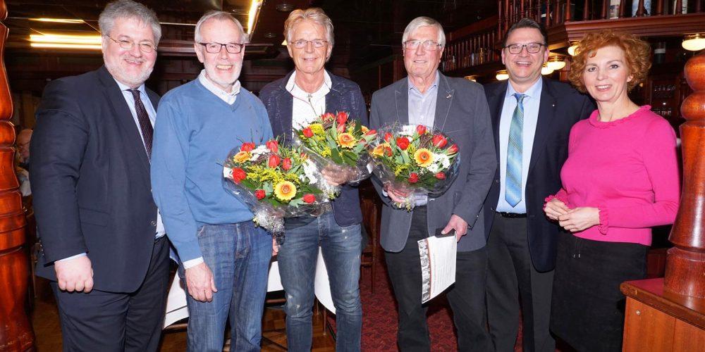 Gruppenfoto mit dem Mitgliedern, die für langjährige Treue zur CDU geehrt wurden, von links: Stephan Albani, Joachim Finke, Harmut Haake, Dr. Jens Radde, Stefan Pfeifer udn Frauke Tammen.